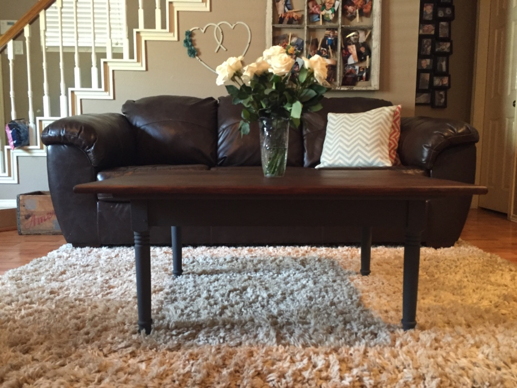 Letgo Country Style Coffee Table In Leon Valley Tx