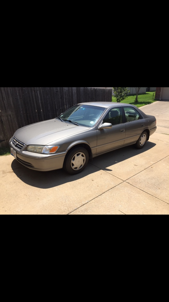 Letgo 2000 toyota camry in murphy tx for 2000 toyota camry window motor