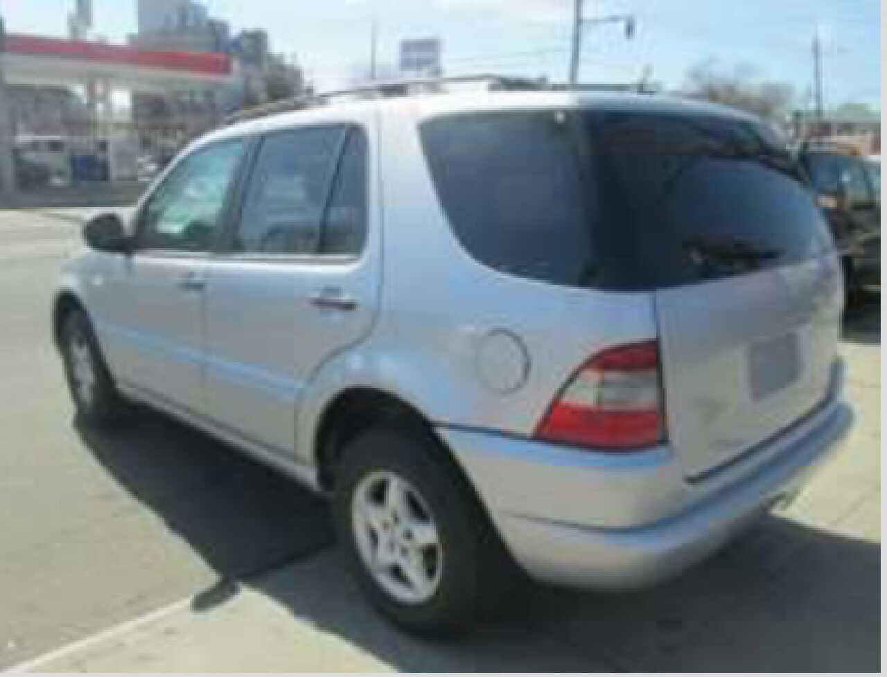 Letgo please read entire ad 2000 m in morningside md for 2000 mercedes benz ml320 window switch