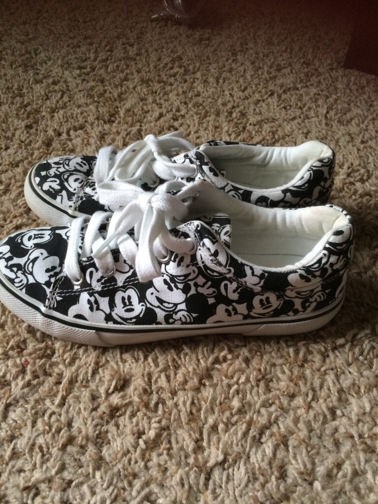 letgo mickey mouse canvas shoes in greer sc