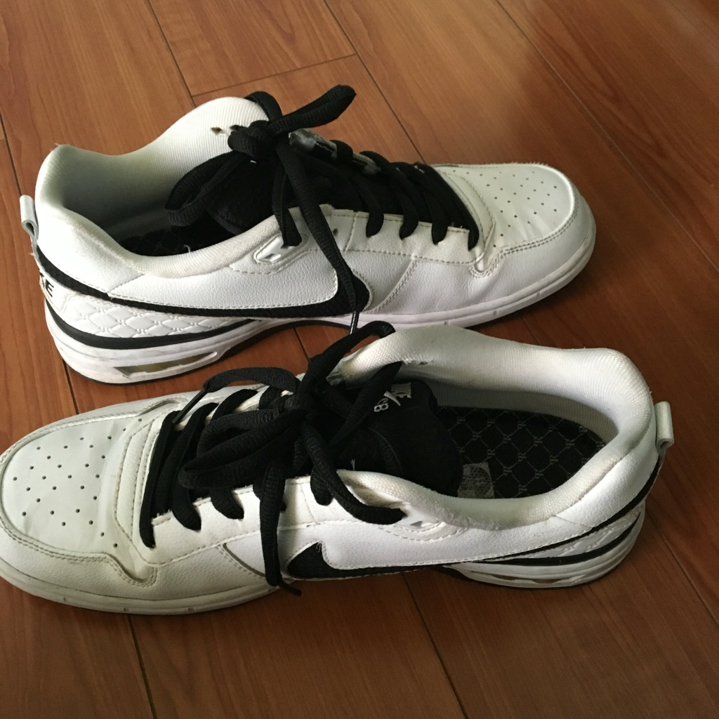 White and black nike basketball shoes