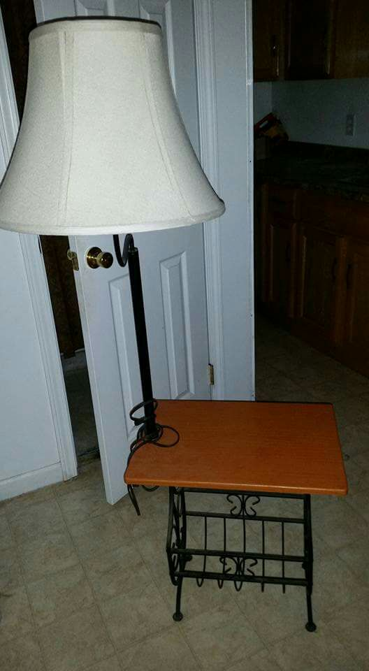 salix home and garden end table with attached lamp and magazine rack. Black Bedroom Furniture Sets. Home Design Ideas