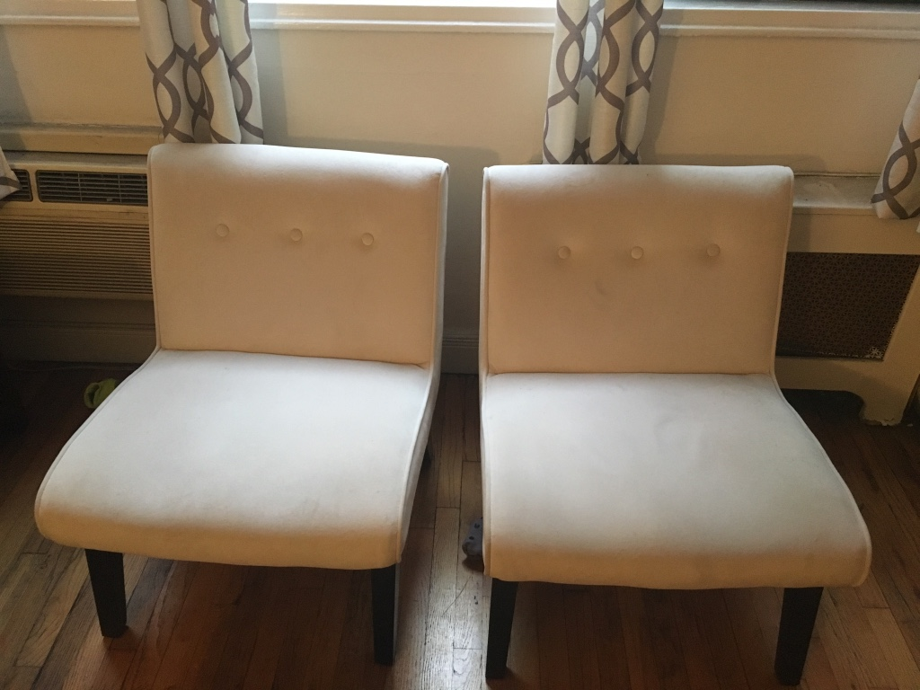 Letgo white leather chaise lounge in new york ny for Bellagio 100 leather chaise