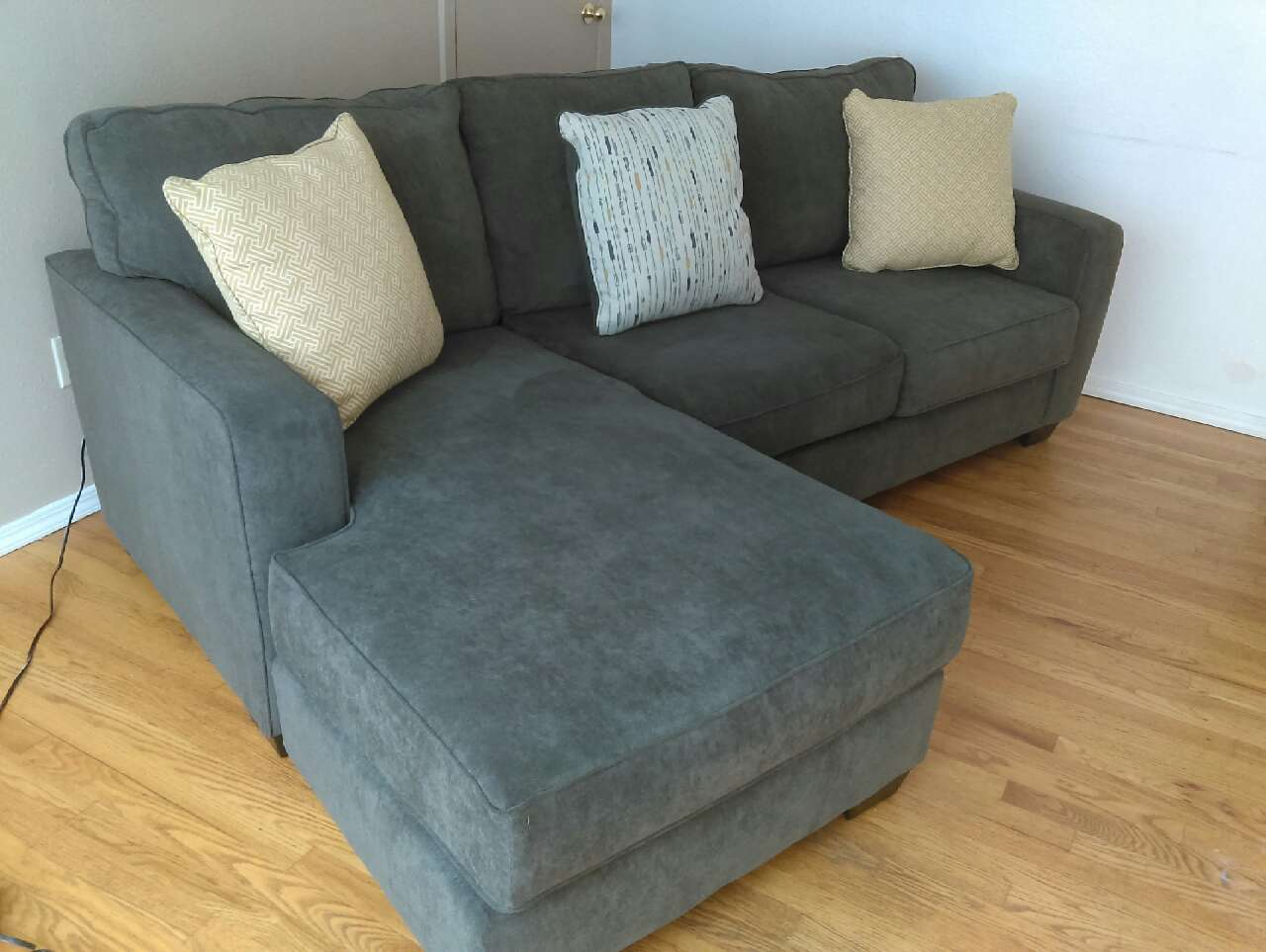 Letgo Sectional Sofa Pending Pick Up In Crown Hill Wa